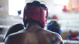 ボクサーの背中の画像